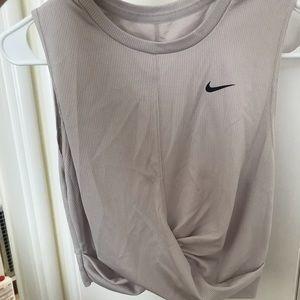 Nike dri-fit crop